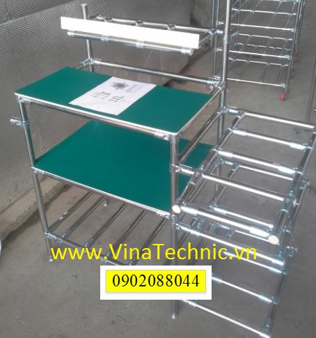Bàn thao tác khung inox - mặt PVC dan cao su tĩnh điện GTB005
